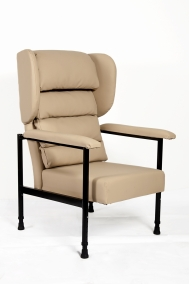 Waterfall Chair With Padded Arms